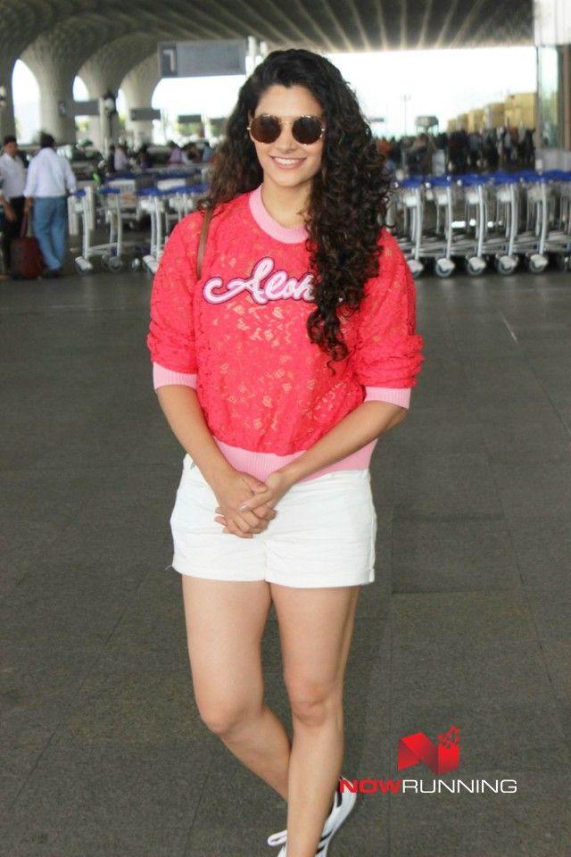 Saiyami Kher snapped at the airport