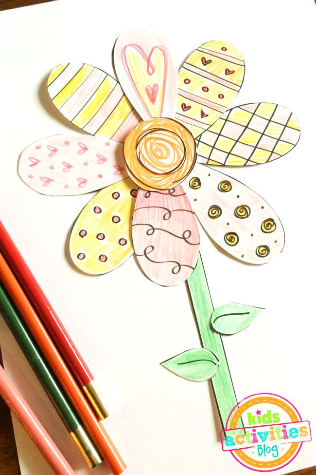 This is so fun! Make a whole bouquet of paper flowers with this free printable Spring flower coloring craft.