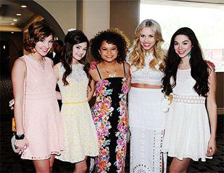 Audrey Whitby, Ciara Bravo, Rachel Crow, Gracie Dzienny, and Kira Kosarin