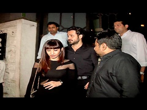 SPOTTED ! Emraan Hashmi with wife Parveen Shahani on Dinner Date.  Click here to see video > https://youtu.be/9U9JkAqllIw  #emraanhashmi #parveenshahani #bollywood #bollywoodnews #bollywoodnewsvilla