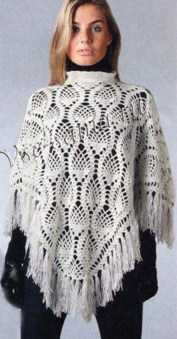 Poncho blanco de ganchillo con motivo de piñas  -  White Crochet Poncho with pineapple motif