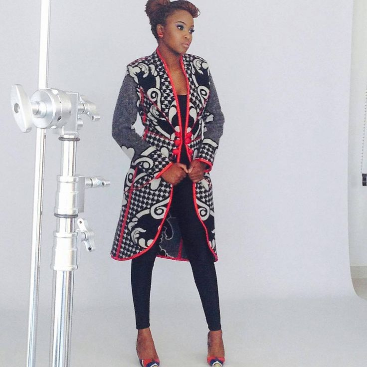 """""""@Regrann from @africandesignemporium - Basotho coat by @tmakcc , shoes by @unomabutho and earrings by @macherefashion make-up by @merlenewilliams…"""""""