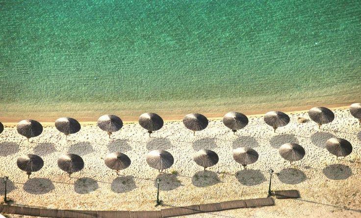 7 μαγευτικά παραθαλάσσια ξενοδοχεία της Ελλάδας