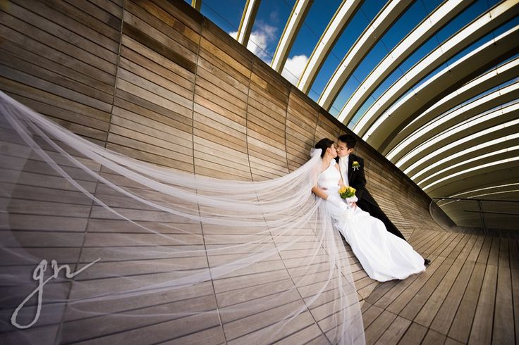 Stumped when thinking of aperfect location for your pre-wedding photo shoot? You'll be stunned at the plenty of locations in Singapore and how they are jam-packed with beauty. Whether you li…