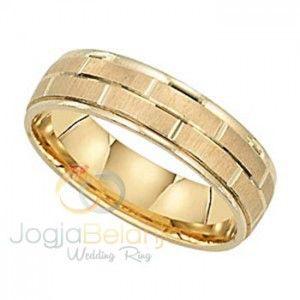 Untuk anda jadikan kado tak terlupakan, Cincin Renesan ini bisa jadi pilihan yang tepat. Desainnya yang kasual dibalut dengan lapis warna emas yang mewah. Performa cincin tersusun dari goresan bers…