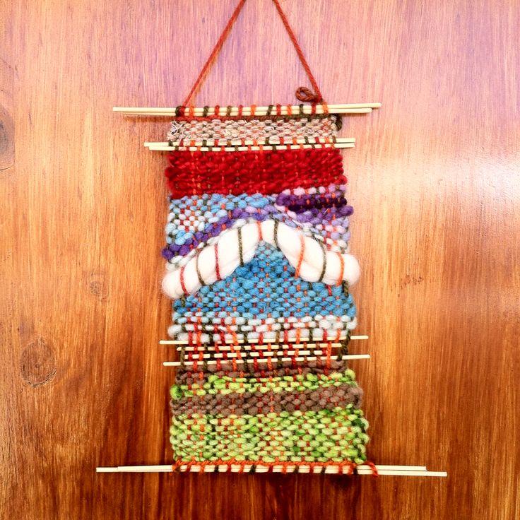 Telar decorativo - 100% lana de Chiloe y La Ligua, madera de Quilpue.