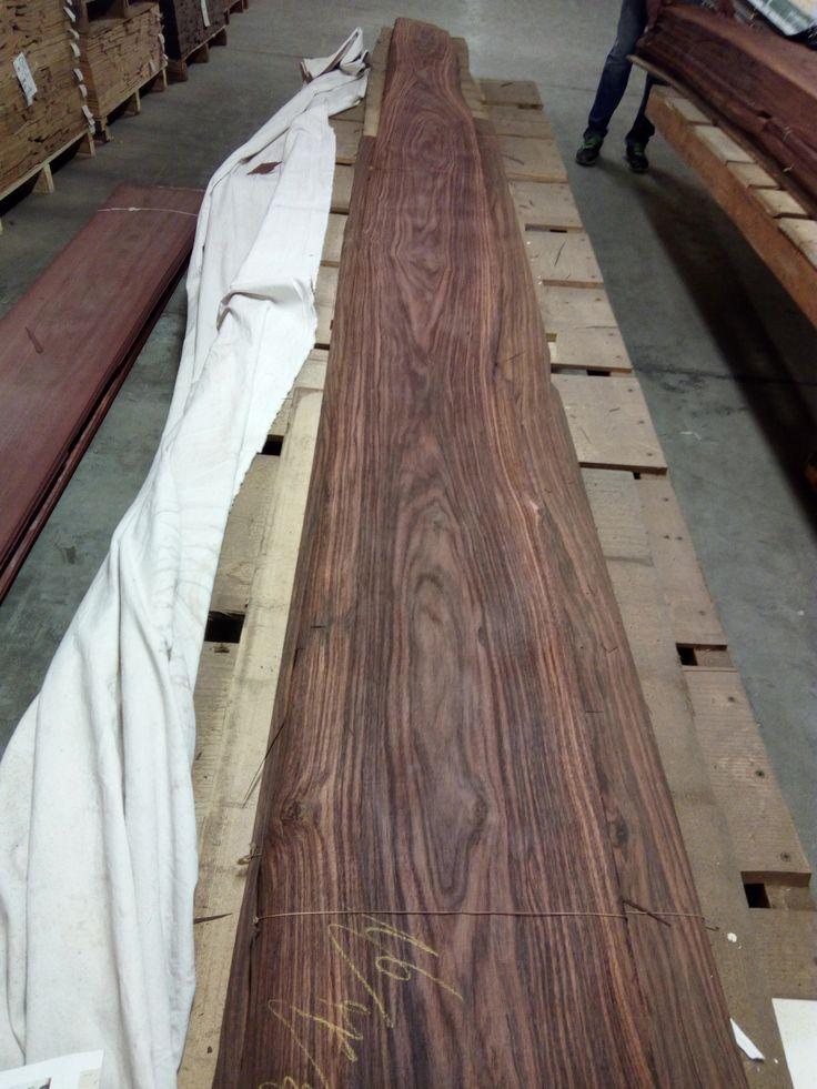 Palissander flat cut 4 mt long.