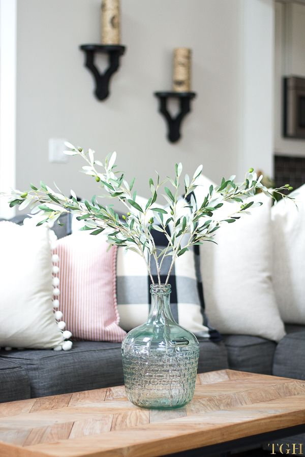 Best 25 Fall Living Room Ideas On Pinterest Fall Mantle