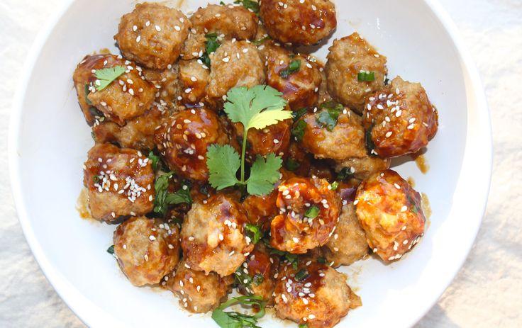 These Asian-style low FODMAP chicken & quinoa meatballs taste amazing.