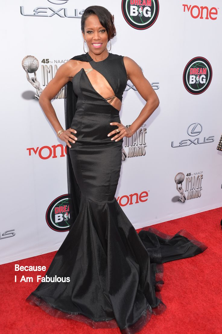 Fabulously Spotted: Regina King Wearing Michael Costello - 2014 NAACP Image Awards  - http://www.becauseiamfabulous.com/2014/02/regina-king-wearing-michael-costello-2014-naacp-image-awards/