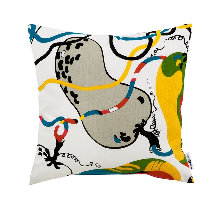 Fructus, pillow by swedish designer Sven Fristedt. 100% cotton. From Boras Cotton