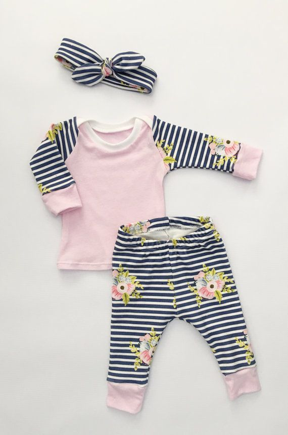 This set comes with a bow, shirt, and leggings. This set is made with 100% organic cotton knit. It is buttery soft and perfect for new
