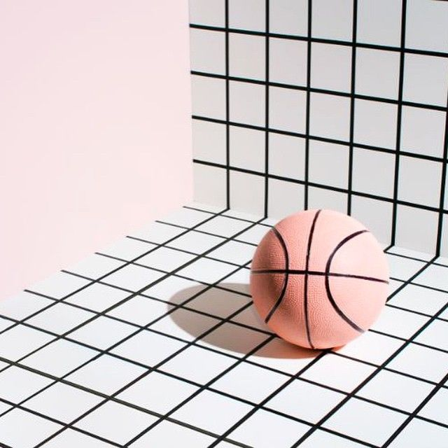 #GridSaturdaze and more surrealist basketballs @lucas_lefler #gridlife #meanttobe