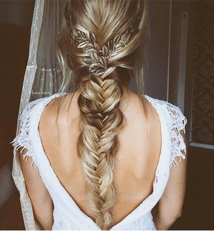 Fishtail braid wedding
