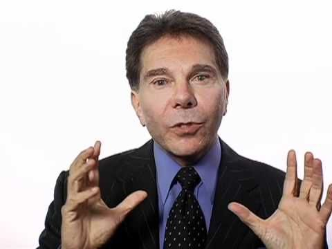 Robert Cialdini's Covert Research Methods - YouTube