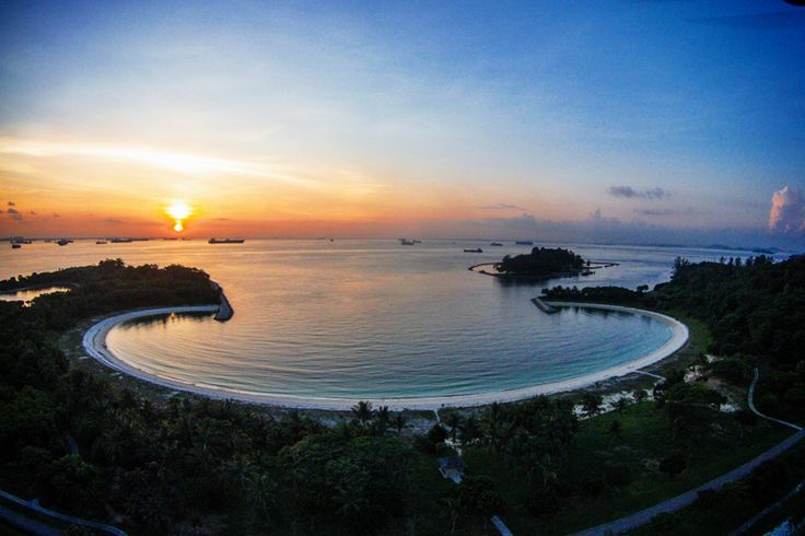 Lazarus island at the crack of dawn. (Photo by Dominic Woon). Drones, or Unmanned Aerial Vehicles (UAVs) have long been used by militaries — either for surveillance purposes or armed with bombs and missiles. For civilian use, drones in Singapore, however, are much tinier, and a whole lot more fun. They are used for aerial photography and videography as well as a sport.