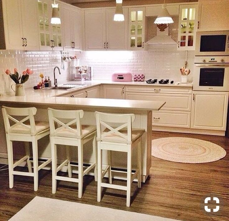 Esra lady's nostalgic breezes, the identity of the heartwarming house . - Mutfak - Home Sweet Home Kitchen Room Design, Kitchen Layout, Home Decor Kitchen, Interior Design Kitchen, Country Kitchen, Home Kitchens, Bar Kitchen, Kitchen White, Küchen Design