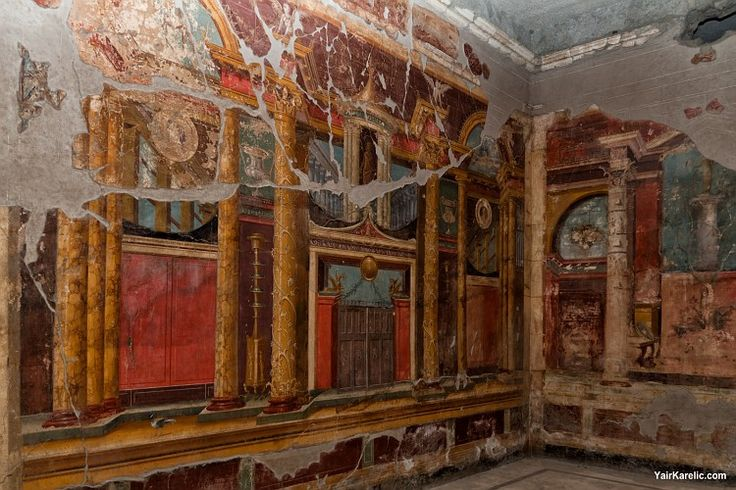 58 best pompeii and herculaneum images on pinterest for Ancient mural villa