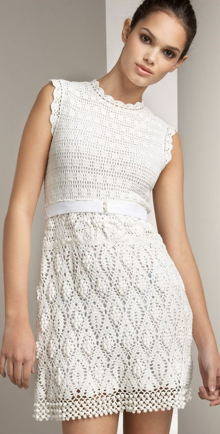 White crochet dress with beautiful detail - has graphs