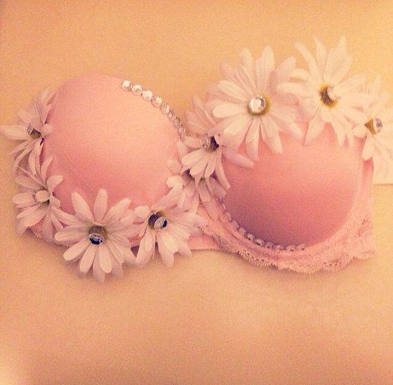 Light pink daisy rave bra by TrippyChickDancewear on Etsy, $45.00
