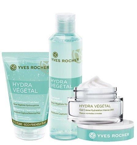 La pulizia del viso è un gesto fondamentale per la cura della nostra pelle. Che sia questa grassa, mista, normale o secca, necessita di attenzioni quotidiane per prevenirne l'invecchiamento e per r…