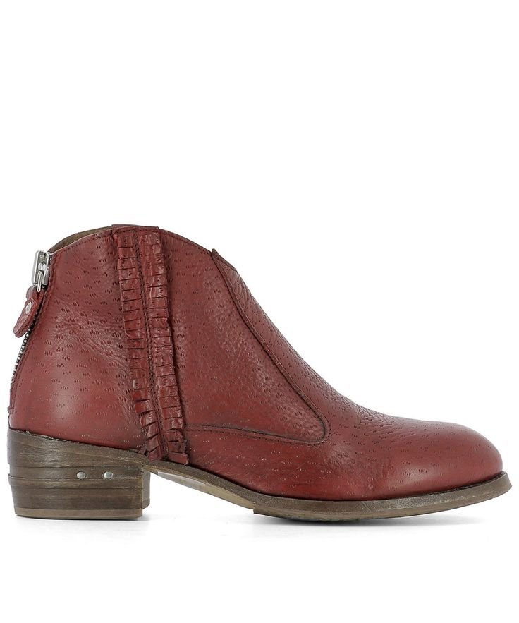 MOMA RED LEATHER ANKLE BOOTS. #moma #shoes #