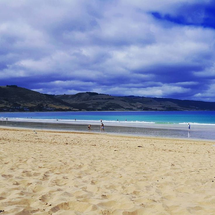 #apollobay #greatoceanroad #victoria #australia #ocean #beach #sand #summeryime #summer #january #holiday #family #vacation #instamoment #instagood #instadaily #photooftheday #photogrid #likesforlikes #fun #memories #water #blue by melbourne_latinlover
