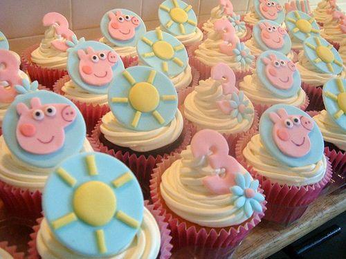 12x Peppa Pig B'day Cupcake Topper/Edible Fondant Decoration George/Daddy/Mummy