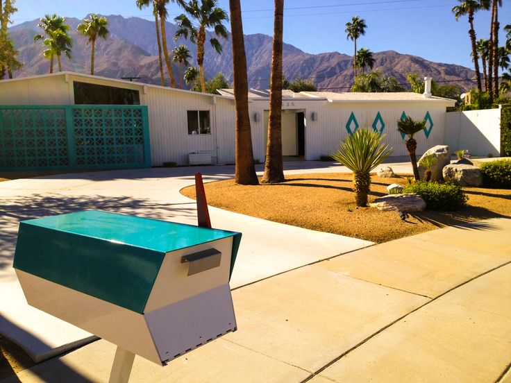 Kickstarter Backer Atomic Lair In Palm Springs This Mcm Home Is A Vacation Rental W Retro