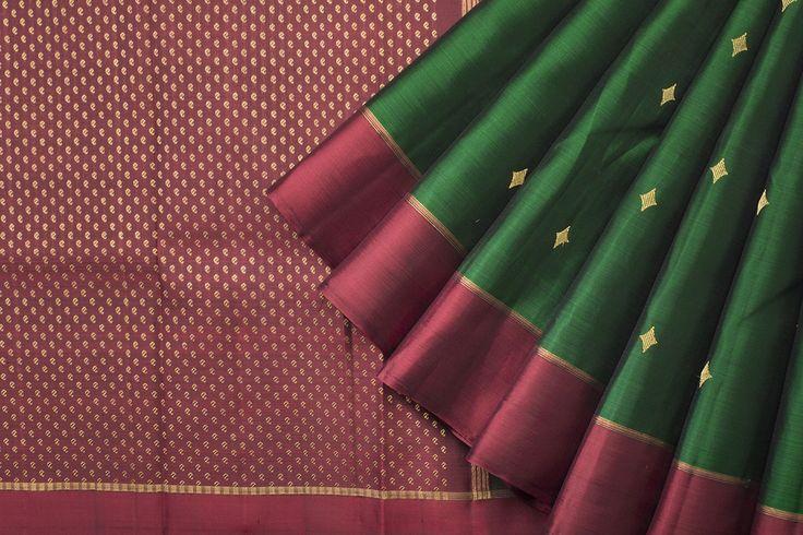 Handwoven Kanjivaram Silk Sari with Diamond Pattern 1030550 - Saris / All Saris - Parisera