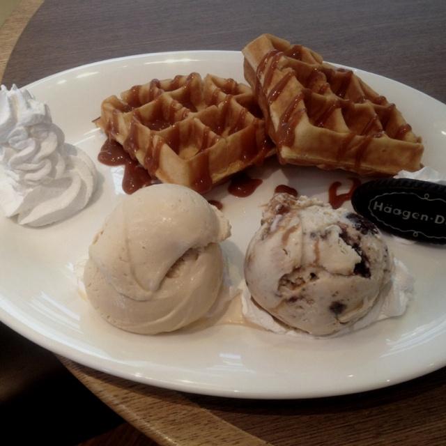 The amazing waffle and ice cream