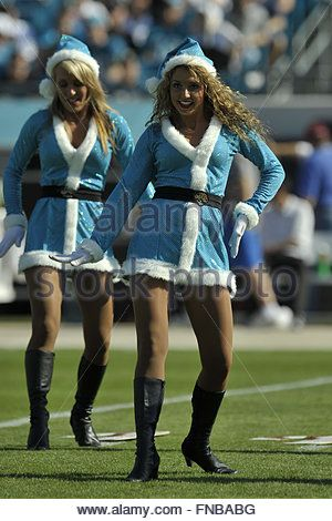 Jacksonville, Florida, USA. 23rd Dec, 2007. Jacksonville Jaguars cheerleaders during the Jags 49-11 win over the - Stock Photo