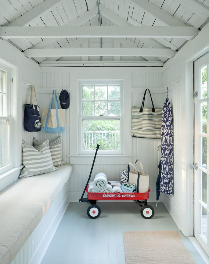 Beach House | Entrance | Bench | Shaker Hooks | White | Jenny Wolf Interiors