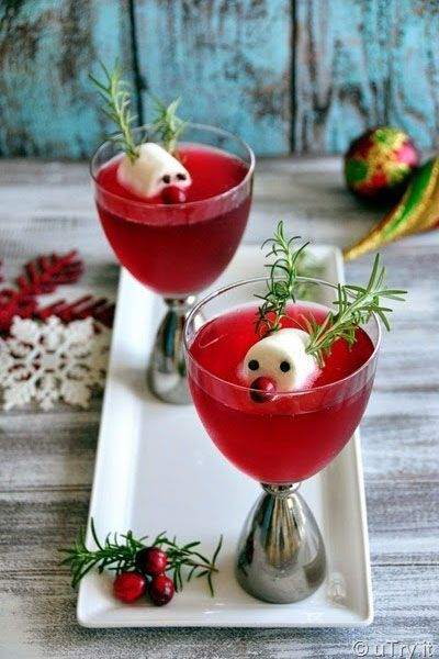 Rudolph's Cranberry Fizz: The best thing about this cocktail is the cute reindeer topping. Click through for more Christmas cocktails!