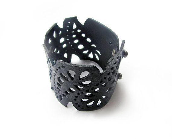 Pulsera de cuero pulsera de cordón de cuero negro por erikasleather