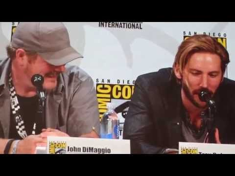 John DiMaggio and Troy Baker: Joker-Laugh-Off - YouTube