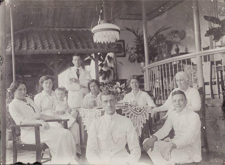 Palmenlaan Soerabaja, 1917