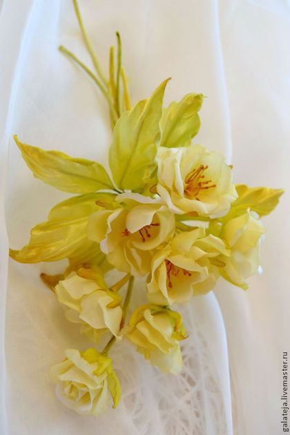 Цветы из шелка Брошь Рошель - брошь,брошь цветок,брошь ручной работы,брошь-цветок