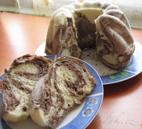Obrázek z Recept - Kakaovo - vanilková bábovka z kysnutého cesta