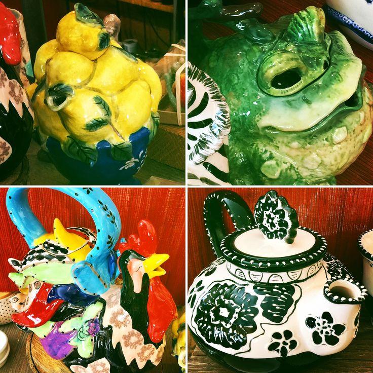 #kitchendecor #homedecor #decor #kitchenaccessories #teapots #eclectic #whimsical #giftideas #CasaBella