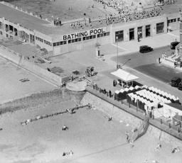 St Leonards Lido, West Marina, 1933 | Britain from Above