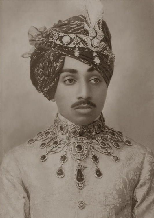 Maharaja Sardar Singh of Jodhpur http://www.pinterest.com/chateaudenavail/maharadjah/