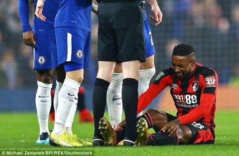 Bournemouth boss Eddie Howe fears Jermain Defoe may have suffered ankle ligament damage in Carabao Cup defeat by Chelsea