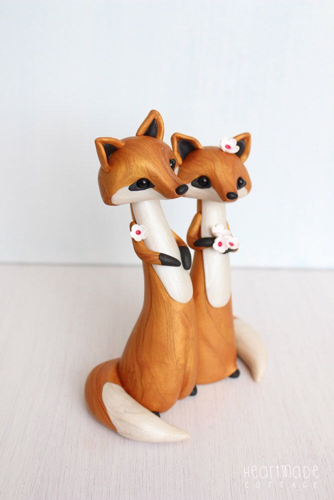 LOVE FOXES * Fox Wedding Cake Topper - personalized animal clay cake topper and keepsake for woodland rustic and chic wedding theme by HeartmadeCottage on Etsy https://www.etsy.com/listing/236520478/love-foxes-fox-wedding-cake-topper