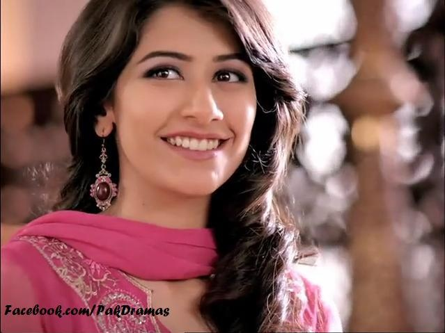 Syra Yousuf acted in bilqees kaur and mera naseeb