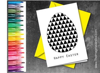 The ImaginationBox, modern geometric Easter egg card, free printable card template to download. Children (and adults) can have fun choosing colours and filling in the triangles. Great for concentration and developing fine motor skills (envelope just for show)