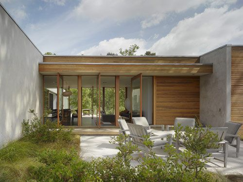 Hidden House in California by Standard in architecture  Category - gorgeous courtyard, indoor outdoor flow