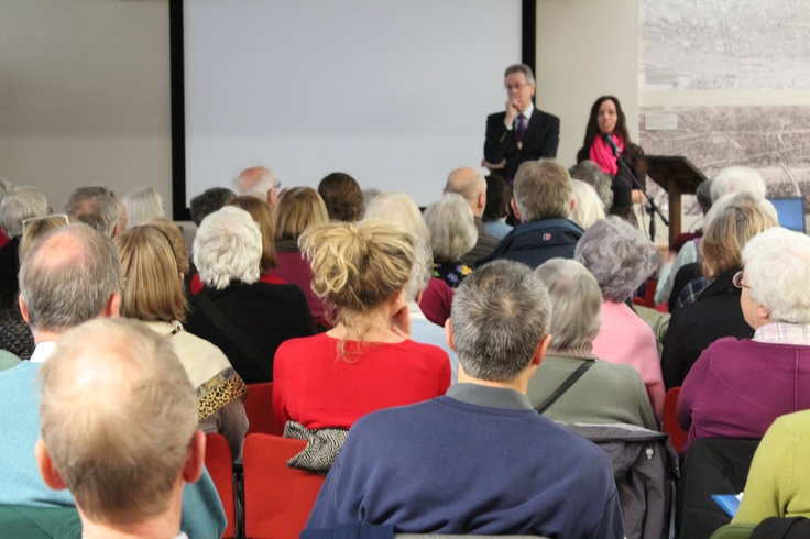 A full house for one of our popular talks by Tony Tucker. Guildhall Library has an extensive program of both afternoon and evening events.