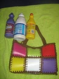 Resultado de imagen para como hacer bolsos de botellas pet