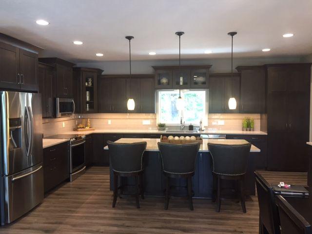 This Warm Diamond Kitchen U0026 Bath Remodel Was Completed By Loweu0027s Designer,  Anne Lopez.